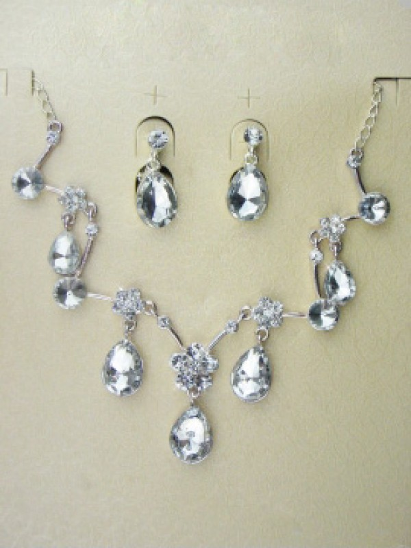 Alloy med Czech Swarovskis Bryllup Jewelry Set,Including Halskjeder And ØRødobber